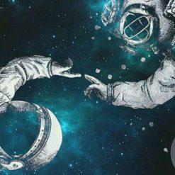 فضانورد و غواص